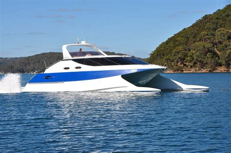 catamaran wave piercing design griffin power cat the boat brokeragethe boat brokerage