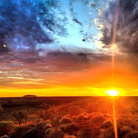 early morning sunrise photo  uluru australia