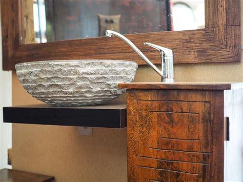 mobili bagno etnici mobile bagno etnico completo di specchio e lavabo in pietra