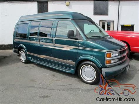 1998 chevrolet express day van 5 7 litre v8 automatic immaculate interior