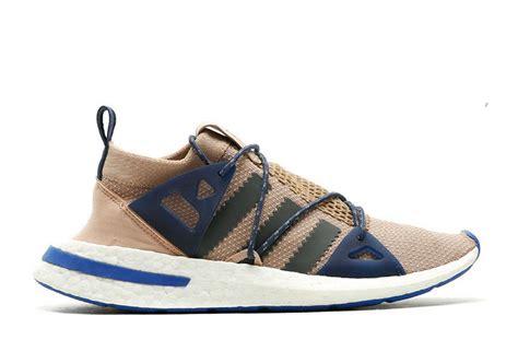 Harga Adidas Boost sepatu adidas arkyn boost 2018 lacing system nya unik