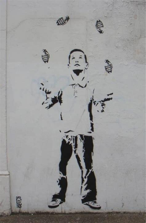 libro stencil graffiti street graphics street art stencil street stencil street art