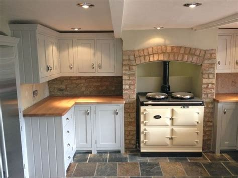 bespoke kitchens ideas 25 best ideas about small cottage kitchen on