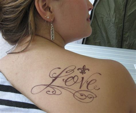 Tattoo Love On Back | women tattoo images designs