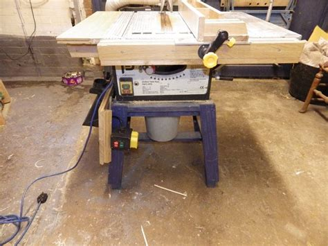 convert portable circular saw to table saw how to a crappy table saw into a one