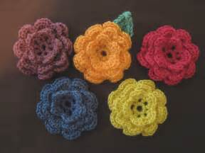 5 daughters how to crochet a flower