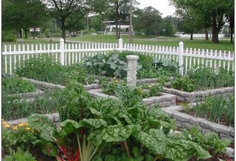 Rock Vegetable Garden Rock Vegetable Garden Raised Beds Vegetable Garden Flickr Photo Vegetable Garden Raised Bed