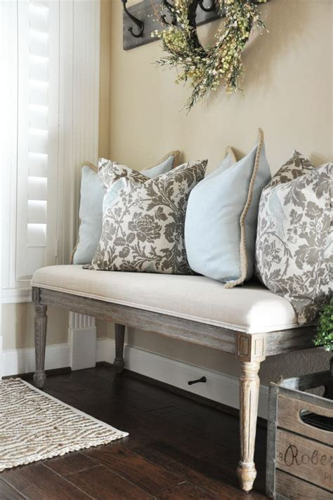 small entry way bench 25 best ideas about foyer bench on pinterest foyer