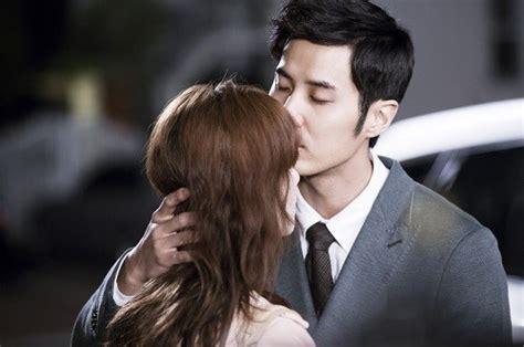 possible collaboration between goo hye sun and seo in guk kim ji suk romantically proposes to goo hye sun on angel