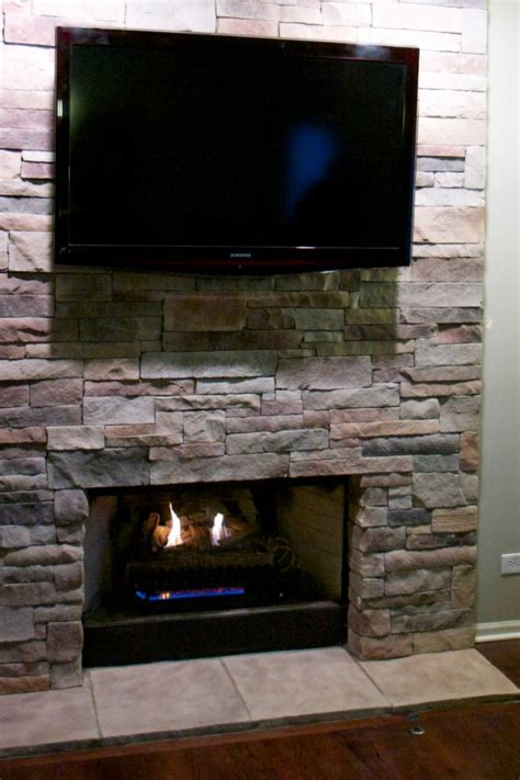 Big Screen Tv Fireplace by Fireplaces With Tvs