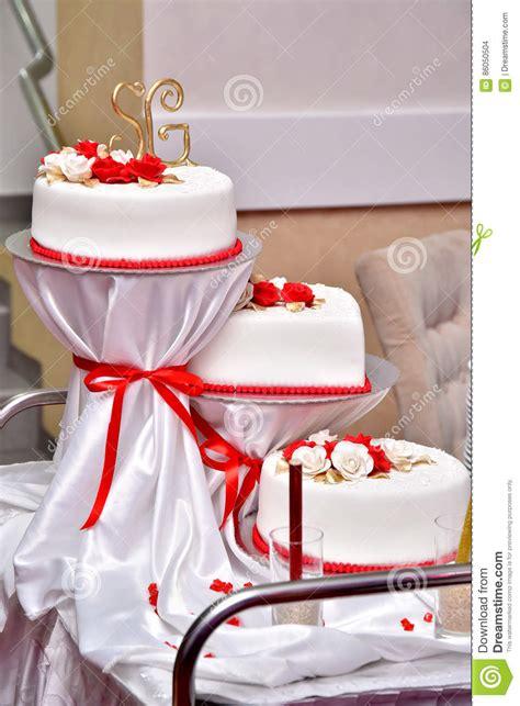 Hochzeitstorte 50 Jahre by S 252 223 E Kuchen In Form Roten Verzieren Die