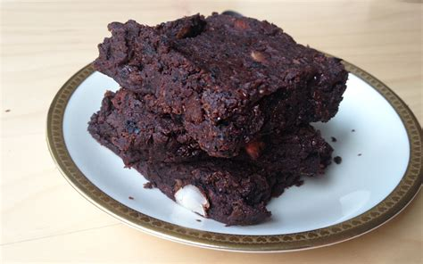 schoko brownie kuchen saftige glutenfreie schoko fudge brownies veganblatt