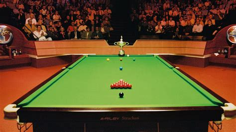 snooker table vs pool table billiard table vs pool table brokeasshome com