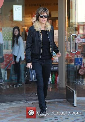 lisa renna in mink lisa rinna pictures photo gallery page 3 contactmusic com