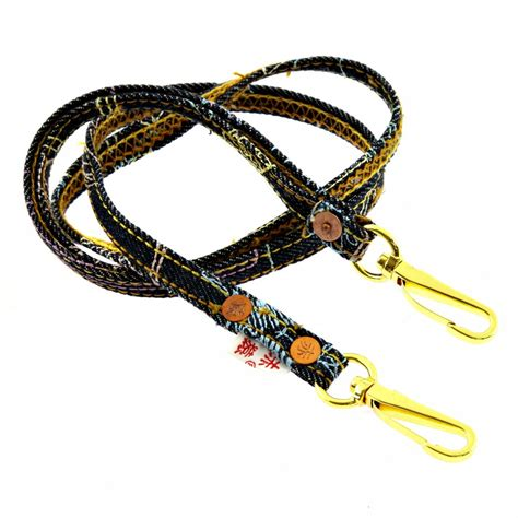 Giorgio Armani 6110 N buy trendy keychain from monkey now at niro fashion