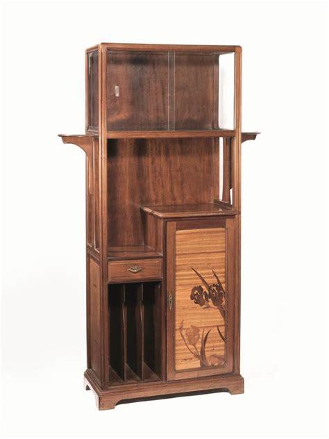 mobile xx mobile vetrina inizi secolo xx arti decorative sec