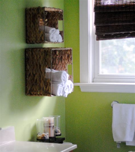 Diy Bathrooms Ideas Diy Bathroom Towel Storage In 5 Minutes Lemonade