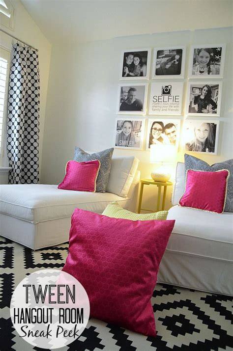 Room Selfie by Tween Hangout Room Sneak Peek Hangout Room Tween And