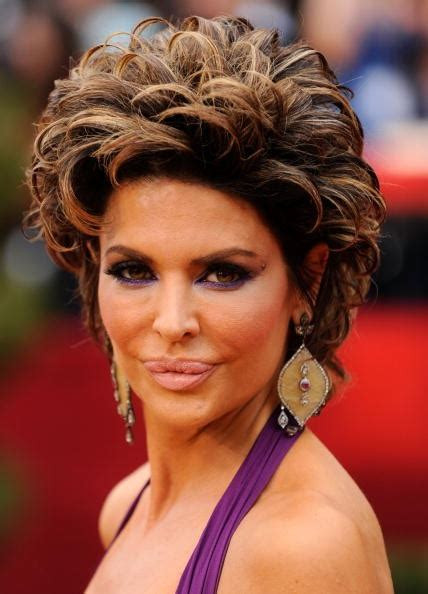 what celebs were mean to lisa rinna on celeb apprentice lisa rinna oscars botox outrageous celebrity