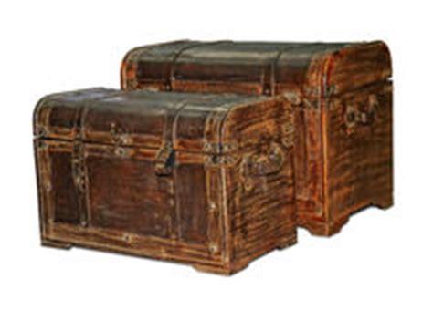 the in the chor trunk an blanc mystery books coffre en m 233 tal en bois deux avec le tr 233 sor avec le tr 233 sor