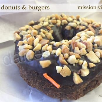 Marguerite Cheese Pound Cake royal donuts and burgers 103 photos 220 reviews