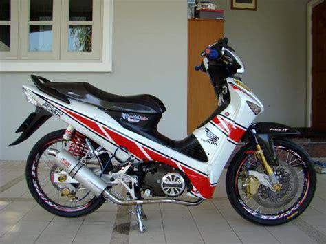 Yamaha Vixion Cw 2011 50 gambar modifikasi honda supra x 125 simpel elegan