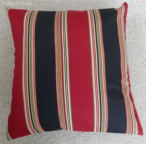 diy outdoor envelope pillow puddy s house
