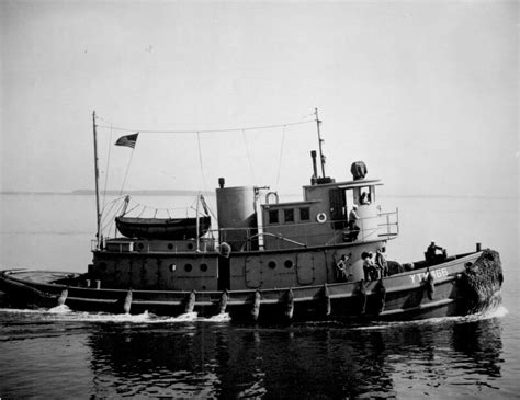 boat salvage chesapeake va fleet tug at