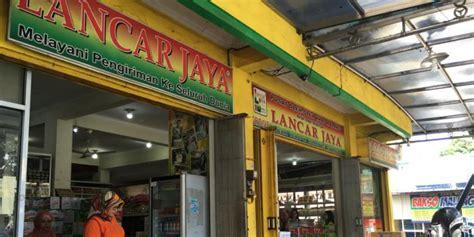 Keripik Buah Semangka Lancar Jaya jalan jalan ke malang ini dia toko oleh olehnya kompas