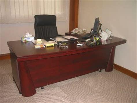 Meja Kayu Pejabat furniture interior jenis meja kantor