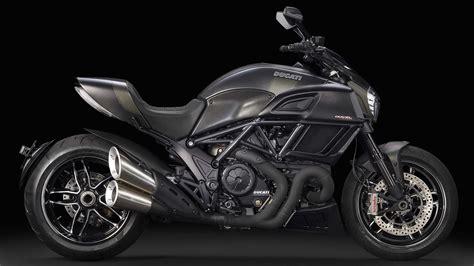 Ducati Diavel Motorrad Online by Gebrauchte Ducati Diavel Carbon Motorr 228 Der Kaufen