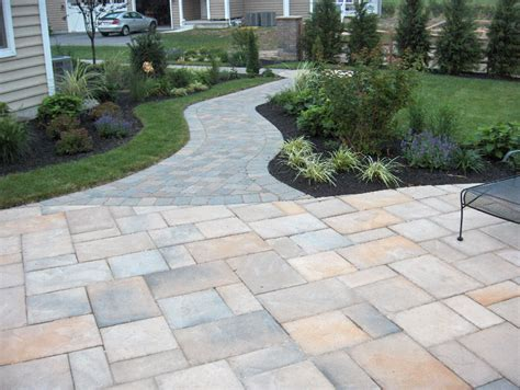 Patio Block Walkway by Patio Ideas Exposed Aggregate And Paver Walkway On