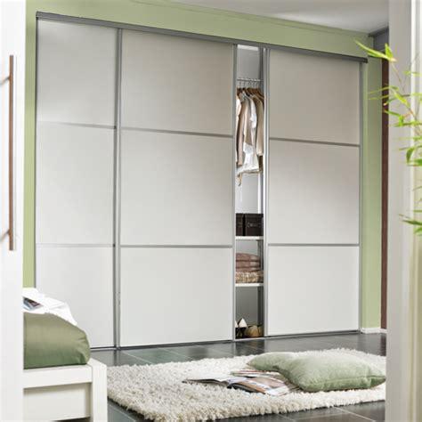wardrobe sliding fitting   doors overlap  kg