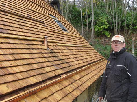 toiture tuiles bois glot couverture