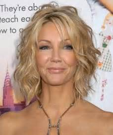 wave for medium thin hair short hairstyles for wavy fine hair