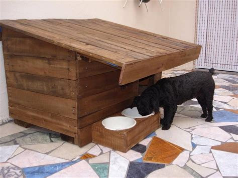 dog house out of pallets dog house out of pallets recycled things