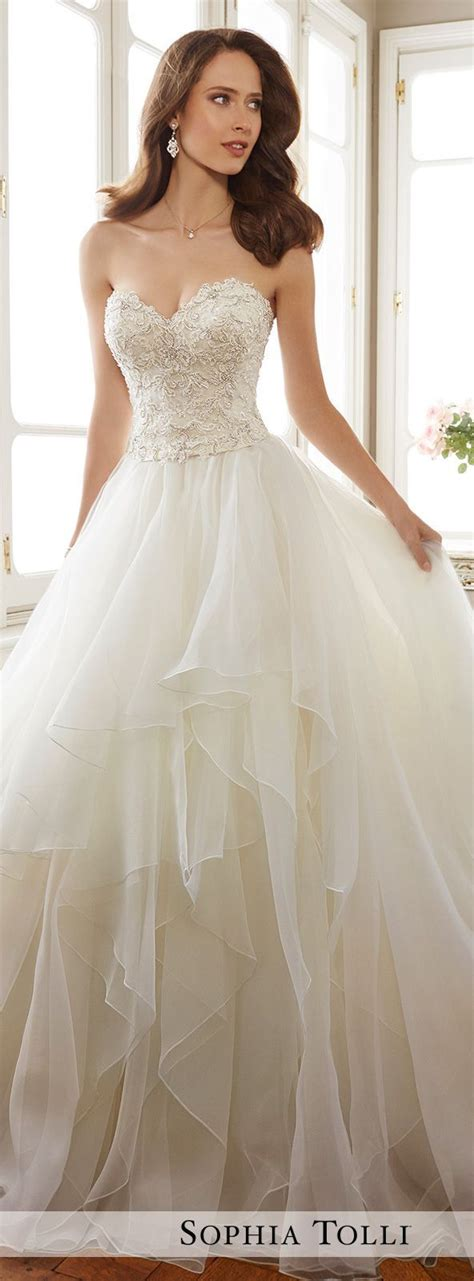 Wedding Gown Styles by Styles Of Wedding Dresses Gown And Dress Gallery