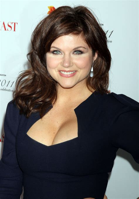 Tiffani Thiessen Hairstyles by Tiffani Thiessen Medium Curls Tiffani Thiessen Shoulder
