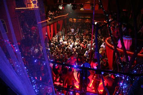 trapeze swing club picasso bars pubs clubs lviv