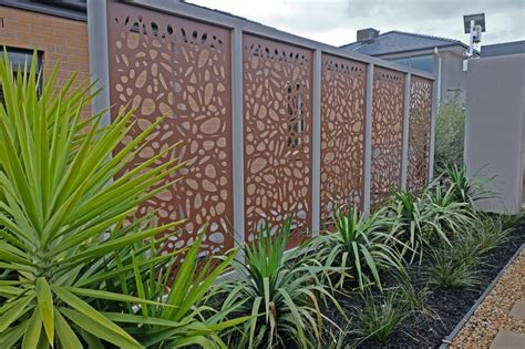 Garden Screen Panels by 17 Best Ideas About Outdoor Screens On