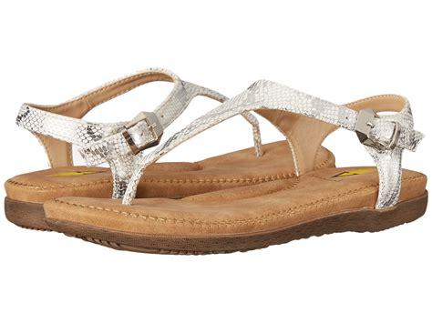 volatile sandals size 5 volatile reece at zappos