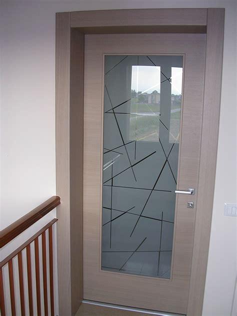 porta ingresso con vetro porta in rovere sbiancato con vetro sabbiato