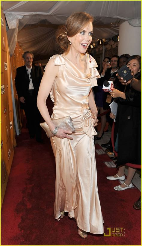 Ricci Snob Or Slob by Kidman Golden Globes 2010 Carpet Photo
