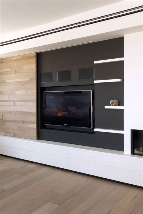 Pop Up Tv That Hides In The Fireplace by Best 25 Tv Ideas On