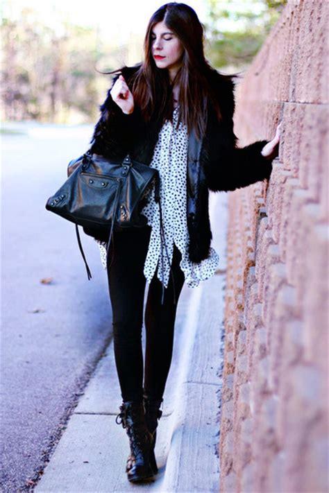 Balenciaga Guess Who That Balenciaga by Balenciaga City Bag Review Style Guru Fashion Glitz
