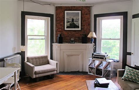 Apartment Nyc 1000 Be My Roommate Live On A Leafy Fort Greene Block With A