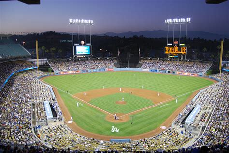 charitybuzz  field level seats    dodgers  angels basebal lot
