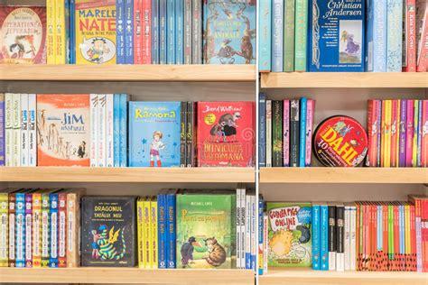 libreria book vendo libros de ni 241 os para la venta en biblioteca foto editorial