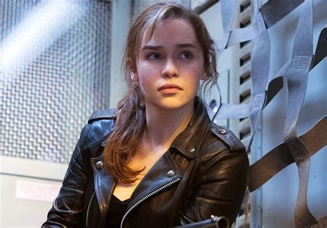 emilia clarke joins the upcoming han solo star han solo standalone film cast emilia clarke homorazzi