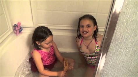 kid in bathroom little girls in bathtub images usseek com